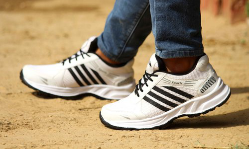 Choose the Right Type of Running Shoes